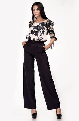 Панталон с висока талия и разкроени крачоли