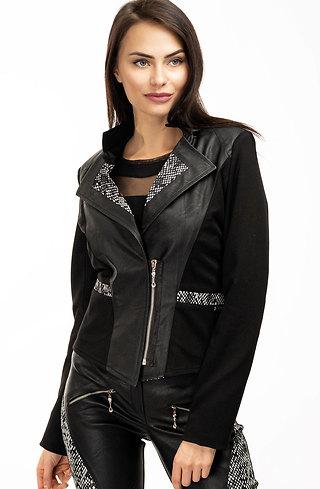 Комплект от сако и панталон с черно-бял акцент