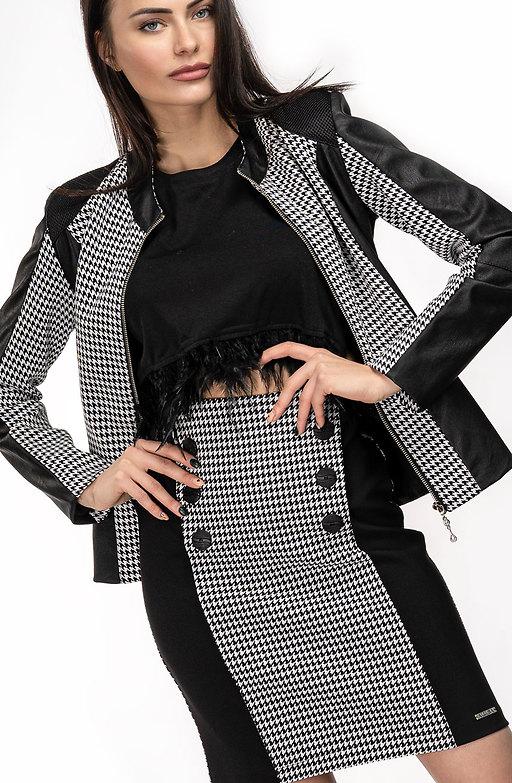 Комплект от сако и пола в черно-бял десен пипи