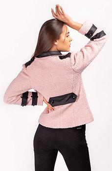 Късо розово палтенце с кожен акцент