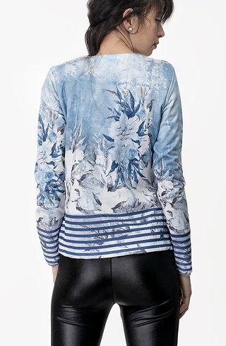 Късо яке с мотив на цветя в небесно синьо