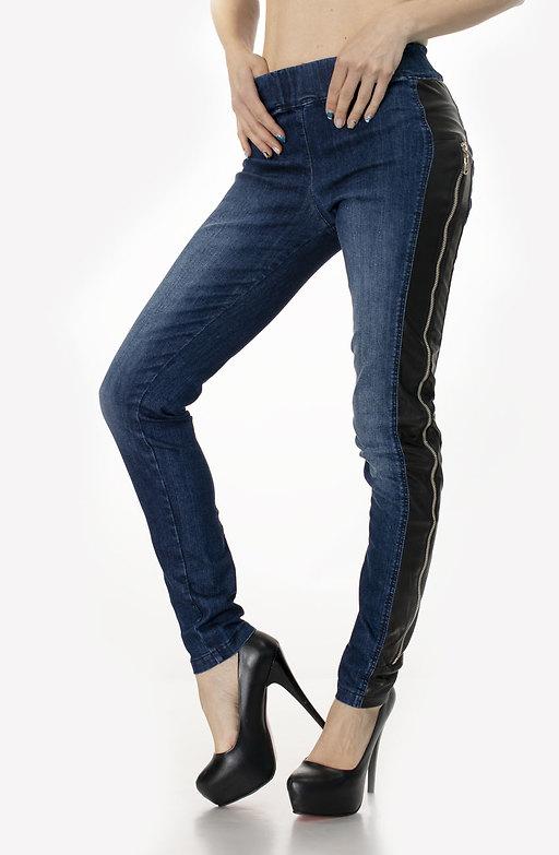 Дънков панталон тип слим с ципове