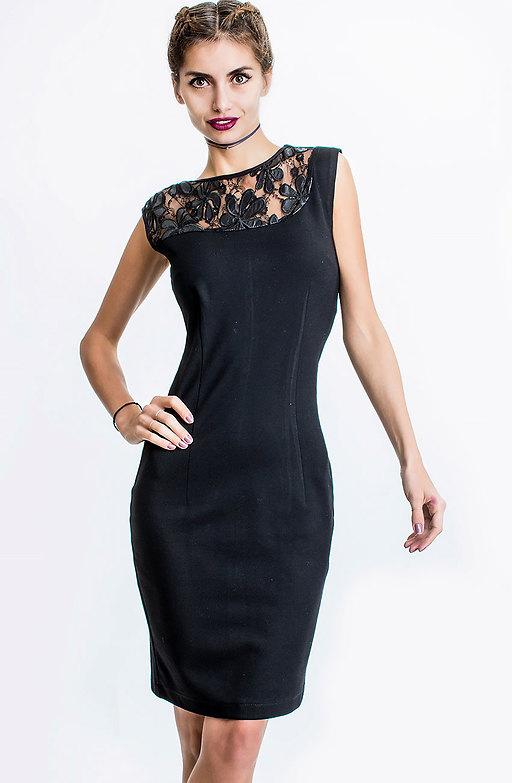 Черна рокля с луксозна дантела