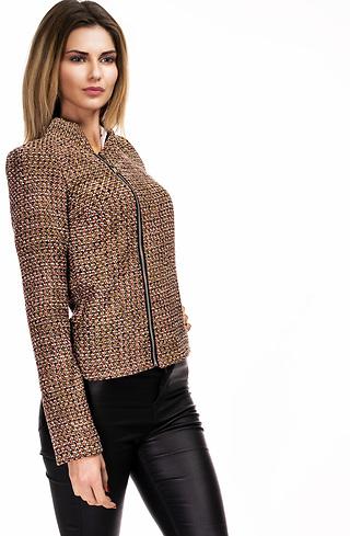 Дамско сако от вълнено плетиво