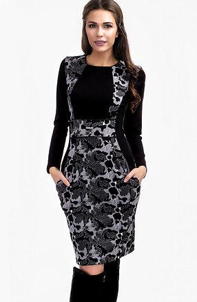 Стилна рокля в черно-бял десен