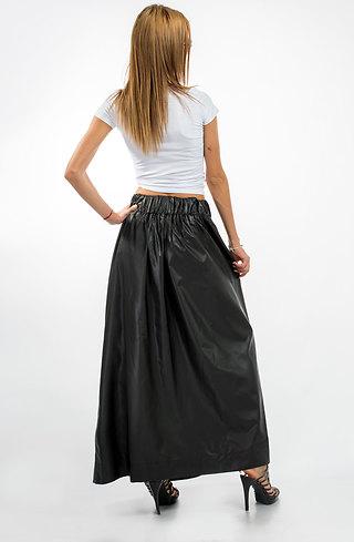 Дълга пола с висока талия в черно