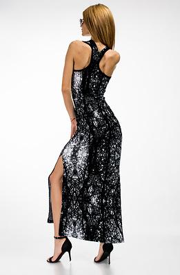 Дълга рокля от трико с ефектен гръб