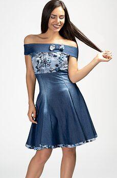 Къса дънкова рокля с паднали рамене