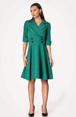 Разкроена рокля с ревери