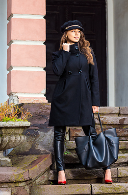 Елегантно палто в черен десен